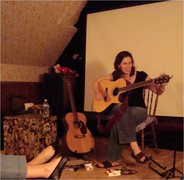 Concert Review: Edie Carey at Collected Sounds